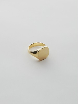 WEISS Square Signet Ring Gold wei-rggd-06b