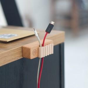 木製ケーブルオーガナイザー