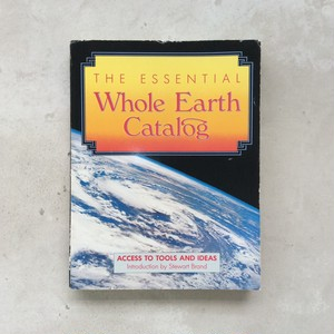 The Essential Whole Earth Catalog(ホールアースカタログ)