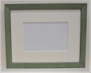 アンティークおしゃれフレームB-22004(グリーン)額縁寸法230mm×180mm 額縁窓枠寸法214mm×164mm 2mmアクリル/トンボ/マット付き