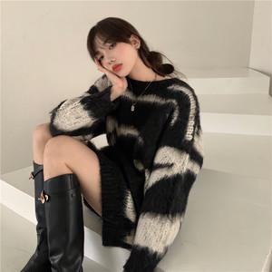 モノトーンモヘアタッチセーター1011-201130011
