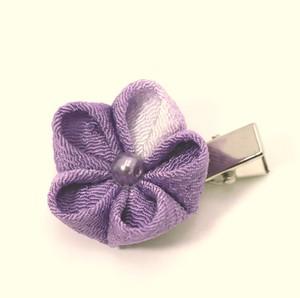 NEW ちりめん・つまみ細工の髪飾り(紫一輪)