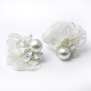 kincot ペタル(white) ピアス・イヤリング