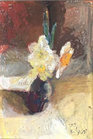 narcissus in a Japanese vase