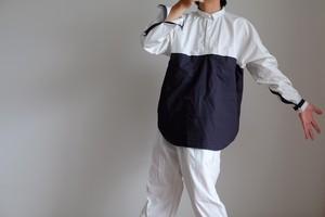 プルオーバーシャツ コットン タイプライター【 グレイッシュホワイトにネイビー 】切り替え/ pullover shirt cotton typewriter【light gray & navy blue】
