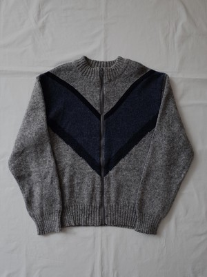 Used zip-up knit top