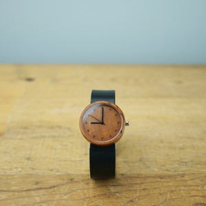 Cherry wood - Organic leather - M