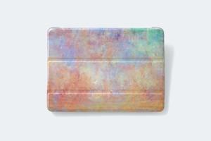 夕焼けと霧の世界を描いた、iPadケース