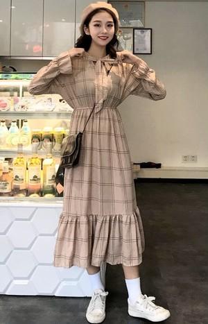 【dress】レトロチェック柄ロングフレアスリーブデートワンピース15117338