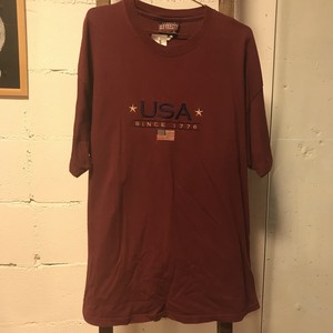 Red shortsleeve t-shirt