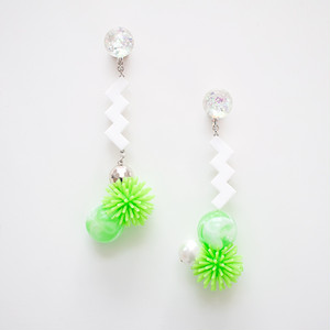 Neo Eccentric earrings -sea anemones-