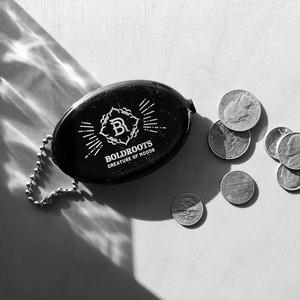 B.R. LOGO RUBBER COIN CASE