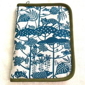 マルチポーチ 紅型デザイン 琉球の森 青緑