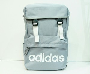 adidas(アディダス)かぶせ型リュック