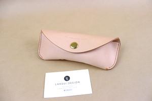JAPAN LANSUI DESIGN 名入れ対応 ヌメ革手作り手縫い メガネケース 品番887363HDDS8