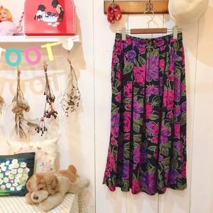 Vintage Long skirt / Flower