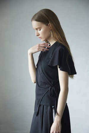 SQUARE LAYERED SHORT SLEEVE C&S