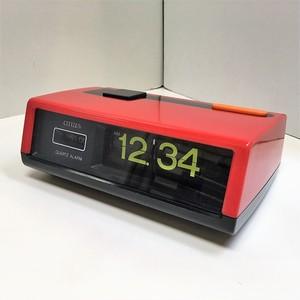 CITIZEN レトロなパタパタ時計【レッド】(0704212S60)