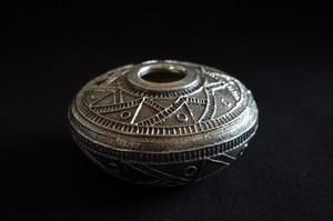 ナバホ族 Harrison Jim ハリソンジム シルバーポッタリー トゥファキャスト 銀壺 インディアンジュエリー