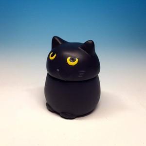 にゃんポッド黒猫ver.【ネコ型サイコロケース】