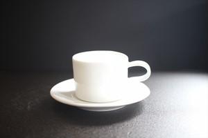 豊田恭子|カップ&ソーサー