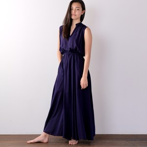 Maxi Dress / BLUE NAVY