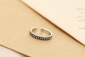 dot line ring