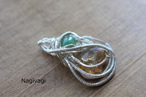 Fire opal & Emerald silver925 wirewrapping pendant
