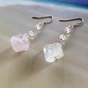 icy crystal fluorite 14Kgf ピアス