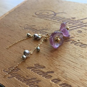 【pebble Ammi】Vintage frosted flower beads 2WAYピアス