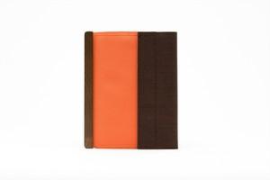 アモルフ 閉じる ブックカバー 手帳カバー A6(文庫)サイズ オレンジ×ブラウン