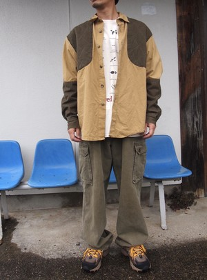 ABERCROMBI AND FITCH CARGO PANTS