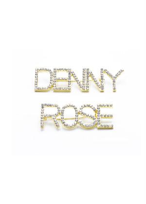 DENNY ROSE ラインストーンロゴブローチ:021DD90013 ¥9,000+tax