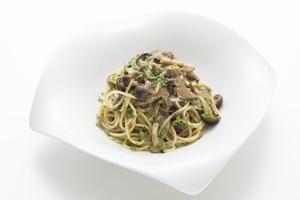 冷凍パスタソース「キノコのペペロンチーノ トリュフ風味」