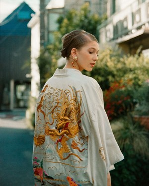 Vintage Chinese white embroidery silk haori ( ヴィンテージ チャイナ ホワイト 刺繍 シルク 羽織り