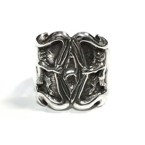 inoutdesign/Devils Vaginas Ring