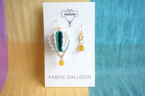 FABRIC BALLOON mini フックピアス《circular》