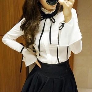 ブラウス❤黒リボンがアクセントの可愛いフレア袖ブラウス hdfks962493