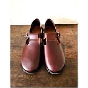 """【受注生産】履くのが""""楽""""な革靴。経年変化で味が出る天然牛革 オイルレザーのTストラップ靴(メンズ/茶)"""