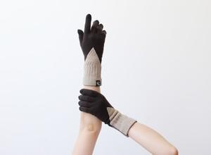 % PERCENT 手袋(FIT:ダークブラウン・ベージュ)指暖・セルフヒーター・ホールガーメント・裏起毛・スマホ対応・ギフト箱付き(男女兼用フリーサイズ)