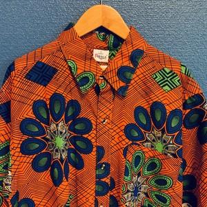アフリカンテキスタイルシャツ(オレンジベース・ブルー&グリーン)