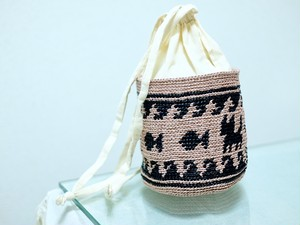 食す猫ネコリム巾着バッグ(かぎ針編み猫柄キリム風オリジナル柄巾着バッグ)