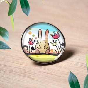 ピンバッチ :  木登りウサギ