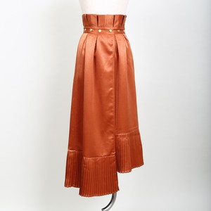 Asymmetry Point Pleat Skirt