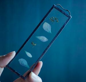 植物絵画:ドライフラワー/押し花『紫陽花 花弁と葉』
