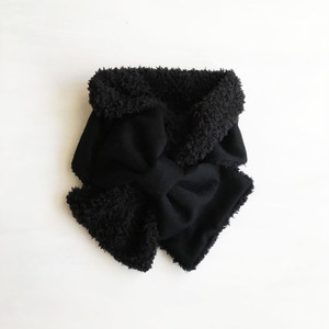 ふんわり♪リボンマフラー(黒の起毛ウール × 黒プードルファー)