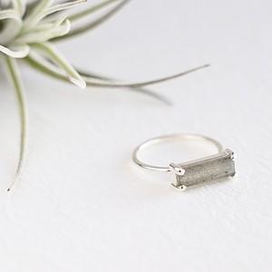 Baguet Ring (SV)  ラブラドライト
