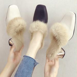 【シューズ】ファッション韓流スクエアトゥフェイクファーパンプス23689218