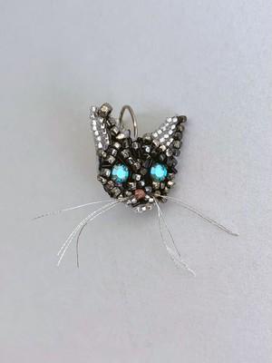 MARIANNE BATLLE(マリアンヌバトル)  GREY CAT Pierce