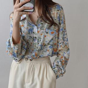 フラワースケッチシャツ U3852